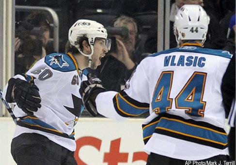 Sharks Win Second Straight Game In L A Sportsnet Ca