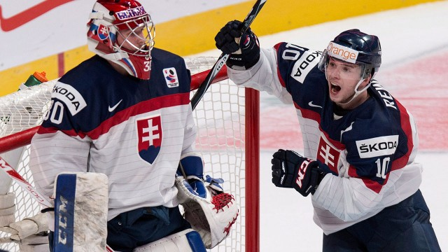 WJC: Godla Makes 37 Saves; Slovakia Stuns Finland