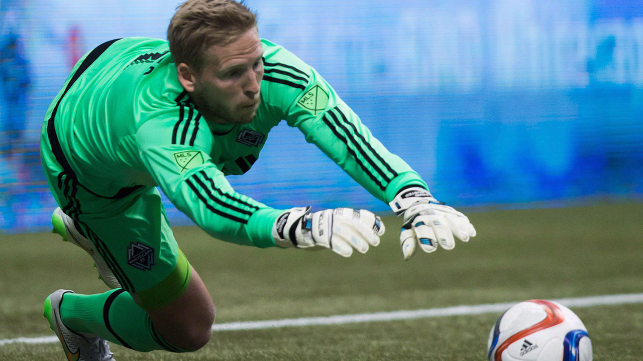 Whitecaps oust goalkeeper Ousted, but he kept it a secret for months