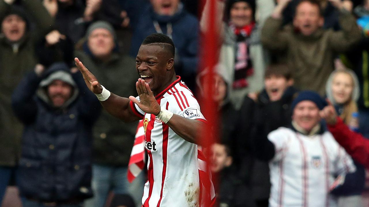 Sunderland avoid relegation with win over Everton ...