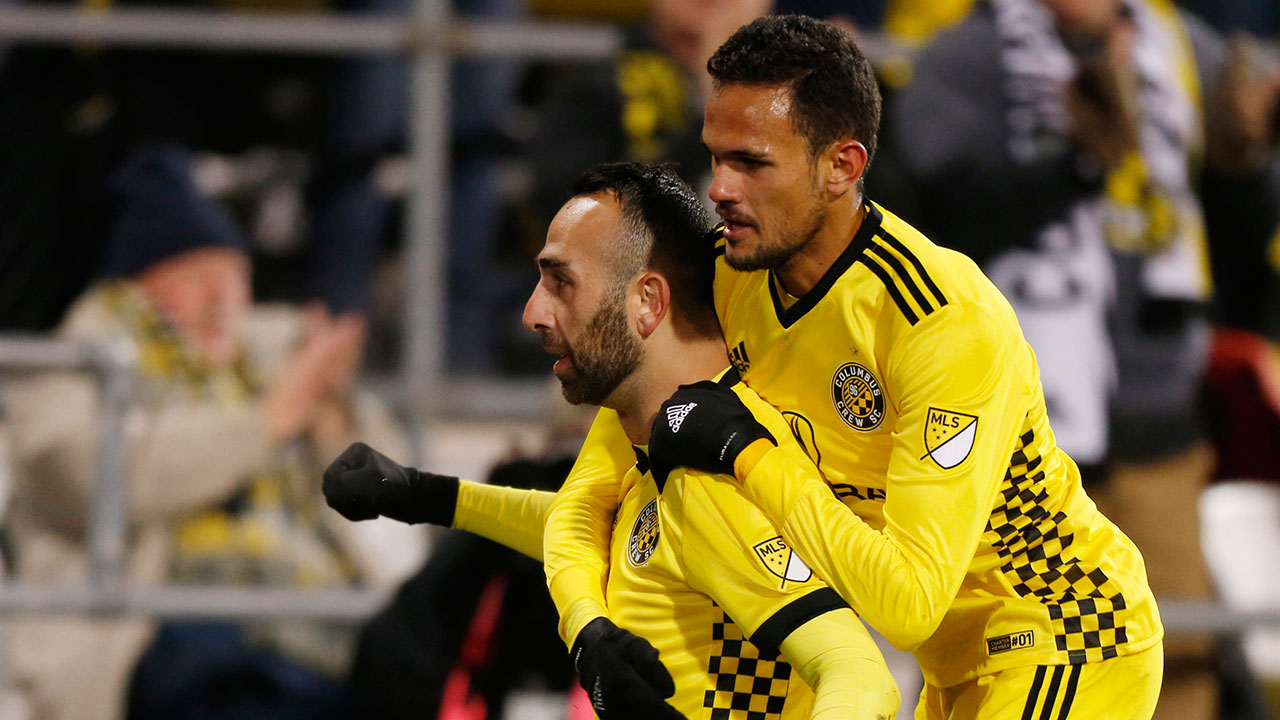 Columbus takes advantage of short-handed NYCFC in first leg