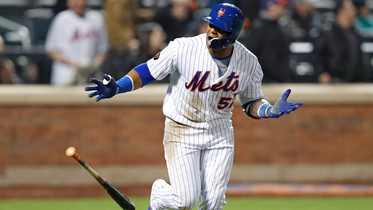 Mets rally for 9 runs in 8th inning to stun Nationals