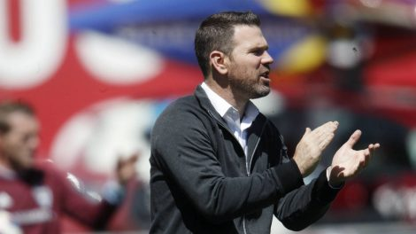Toronto-FC-head-coach-Greg-Vanney-directs-his-team-against-the-Colorado-Rapids-in-the-first-half-of-an-MLS-soccer-match-Saturday,-April-14,-2018,-in-Commerce-City,-Colo.-(David-Zalubowski/AP)