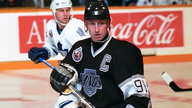 Wayne-Gretzky;-Toronto-Maple-Leafs;-Los-Angeles-Kings;