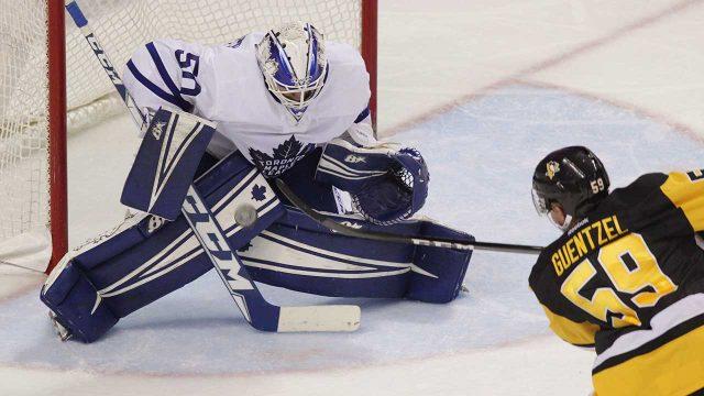 Toronto-Maple-Leafs-goalie-Kasimir-Kaskisuo