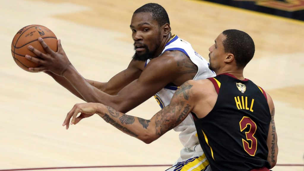 90a5917ceca9 Durant helps Warriors top Cavaliers for 3-0 Finals lead - Sportsnet.ca