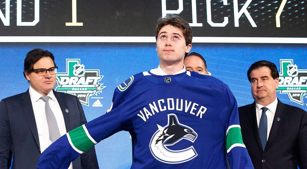 Canucks sign Hughes to entry-level deal