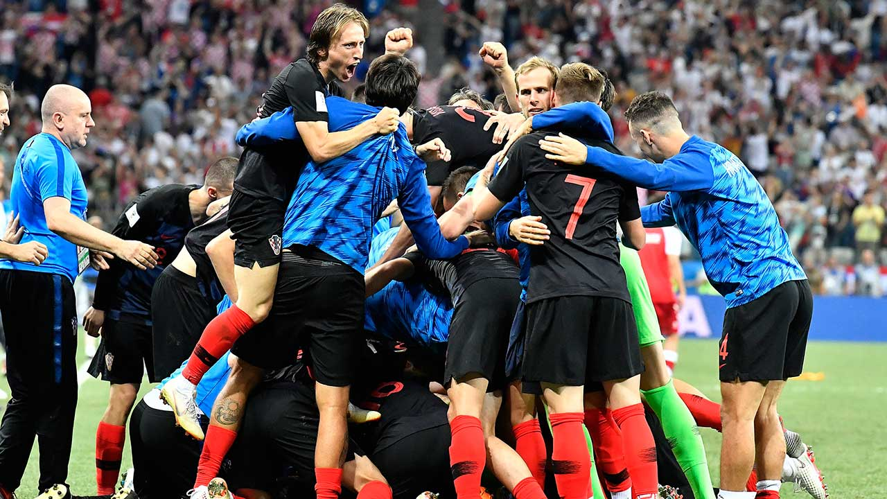Croatia beats Denmark on penalties to advance at World Cup