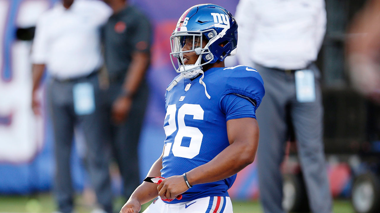 Giants' Barkley held out of practice because of leg injury