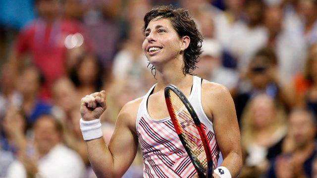carla_suarez_navarro_celebrates_beating_maria_sharapova