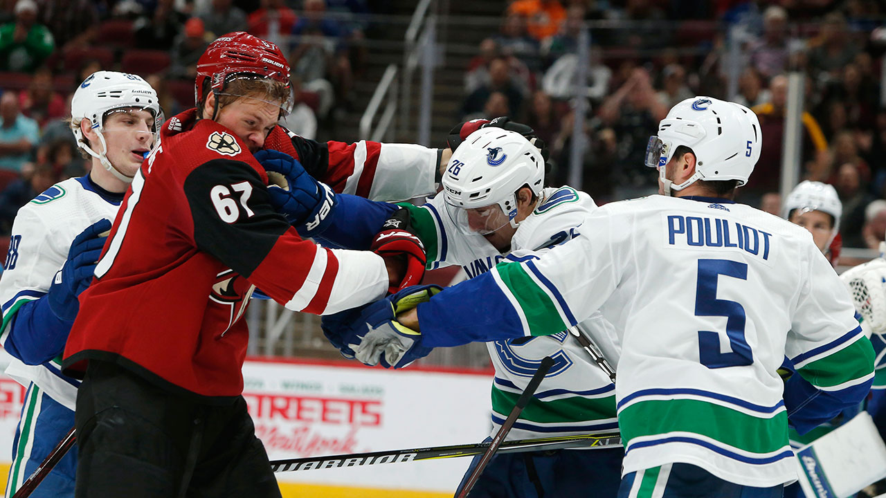 1814705f6 Canucks  mistakes too costly to overcome in loss to Coyotes ...