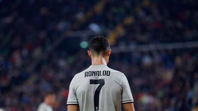 cristiano_ronaldo_walks_during_the_match_against_udinese