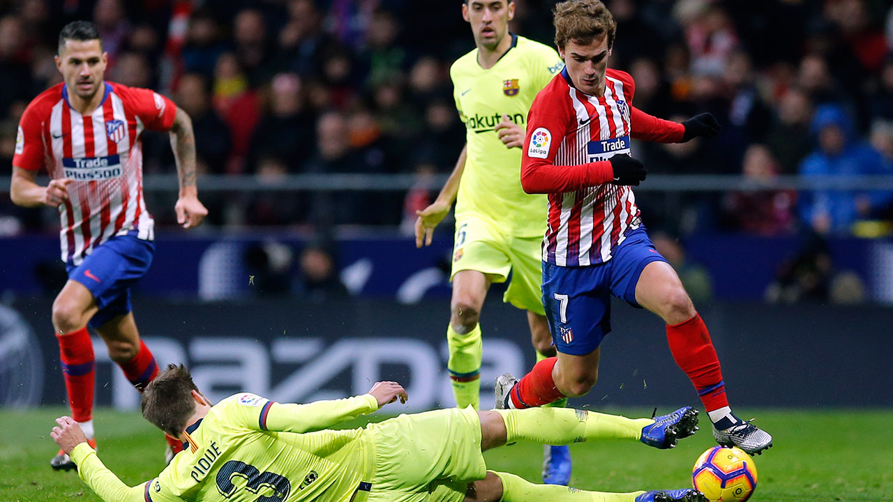 Barcelona scores late, frustrates Atletico Madrid again