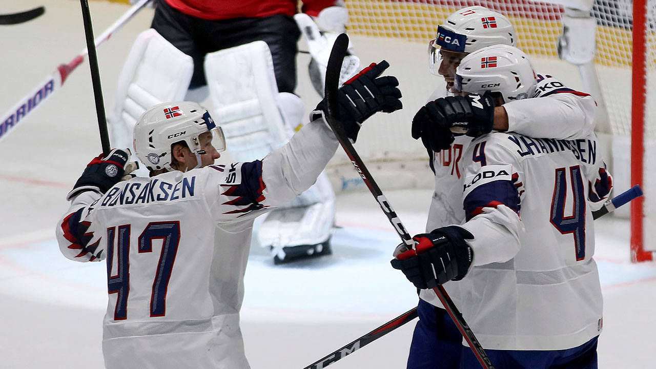 Slovaks are still clinging to life with a big win over France  #IIHFWorlds