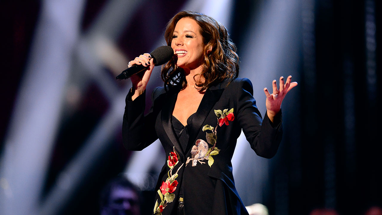 Sarah McLachlan to sing O Canada in Game 6 of NBA Finals - Sportsnet.ca